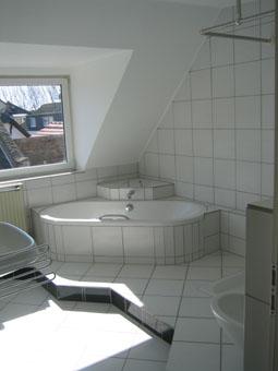 bad und schlafzimmer. Black Bedroom Furniture Sets. Home Design Ideas